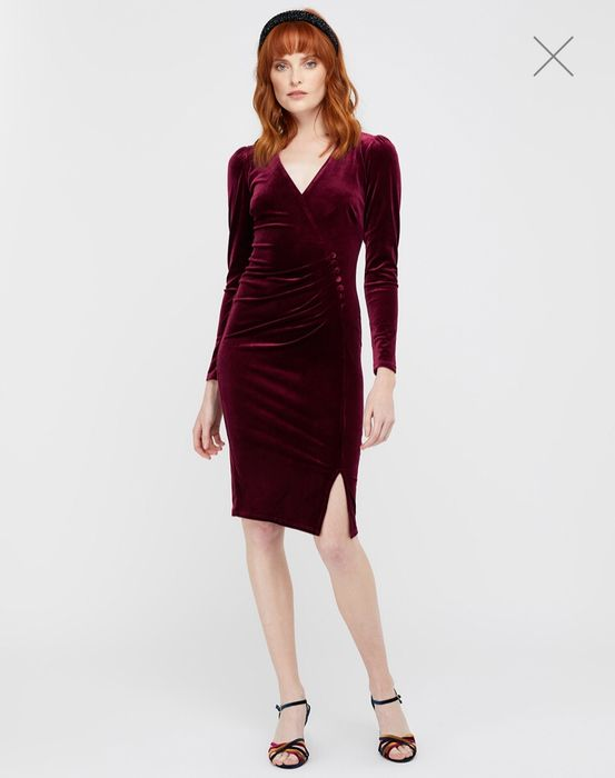 Elle Velvet Dress