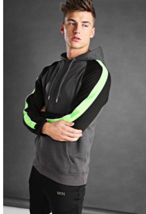 £9 Hoodies at boohooMAN + 99p Delivery!