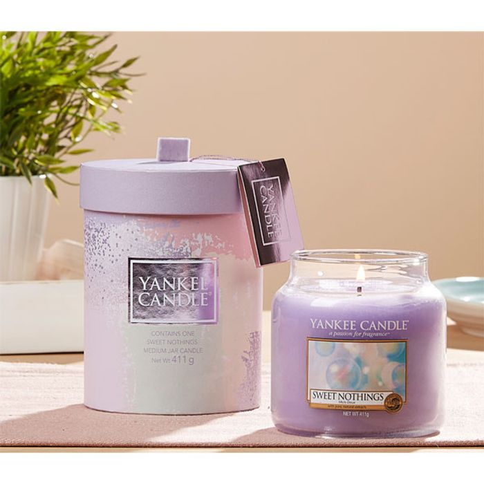 Yankee Candle Sweet Nothings Medium Jar with Gift Box on Sale From £20 to £9
