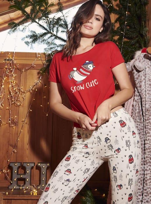 "Cheap ""Snow Cute"" Penguin Pyjama Gift Set, Only £6!"