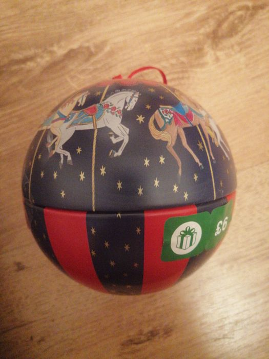 Xmas Bauble Tin with Coins
