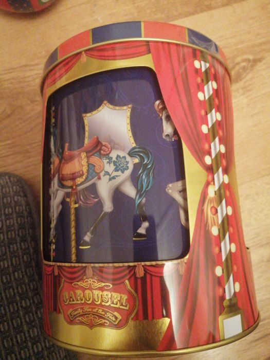 Carousel Biscuit Tin. Musical