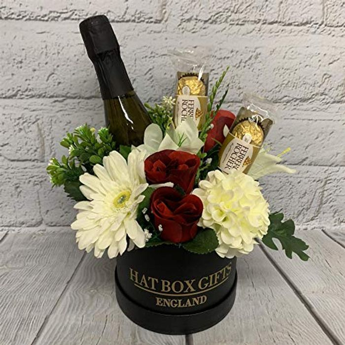 Luxury Small Hat Box Gift with Prosecco, Chocolate & Flowers