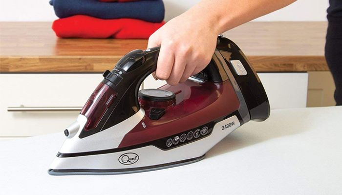 2400W Cordless Steam Iron with Stand Plate