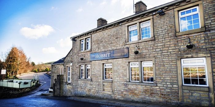 2 Night Stay For 2 With Bubbles & Breakfast & Late Checkout West Yorkshire £89