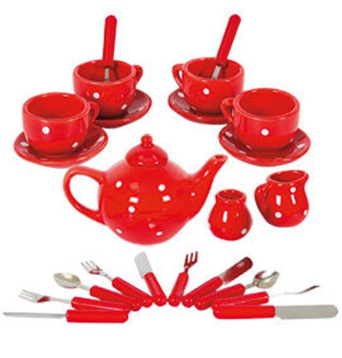 Children's Porcelain Tea Set: 23 Pieces