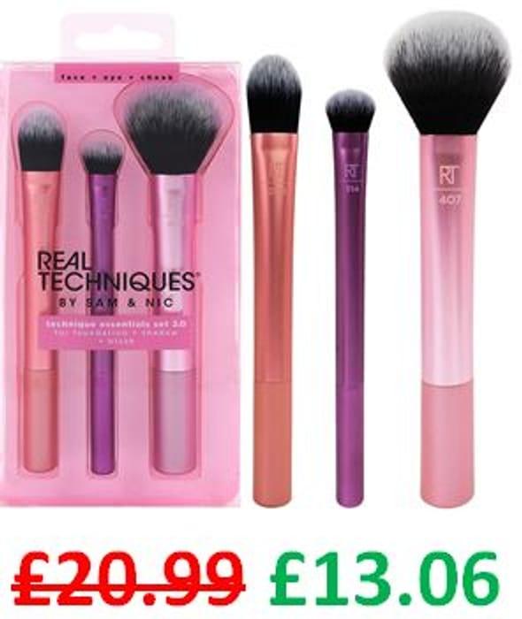 REAL TECHNIQUES Technique Essentials Make-up Brush Set **4.6 STARS**