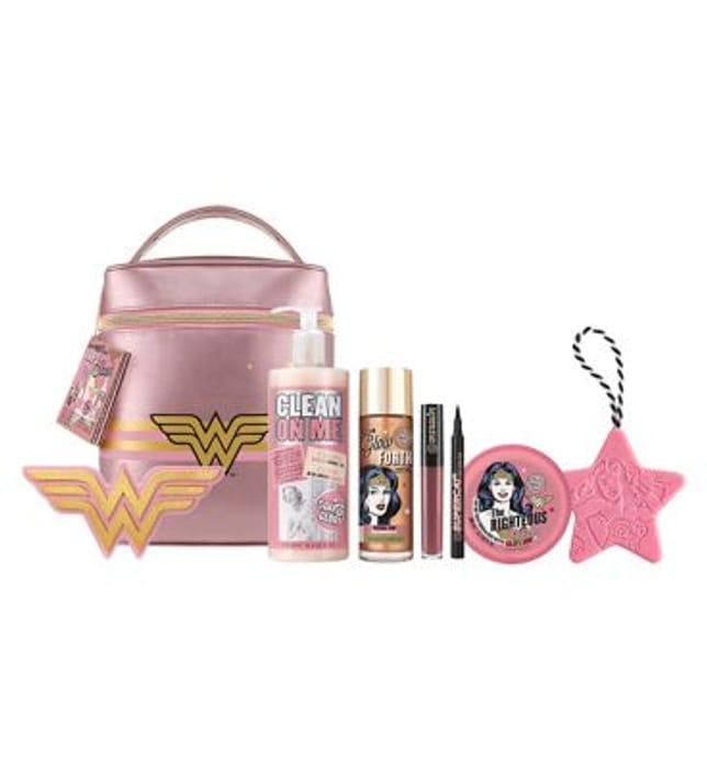 Soap & Glory Wonder Woman Fab-U-Stash Gift Set