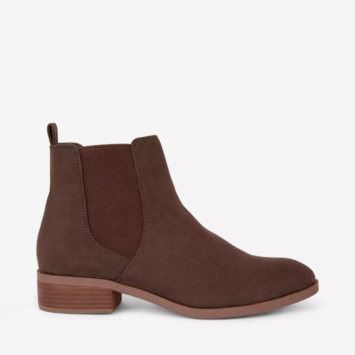 Dorothy Perkins Chelsea Boots at Debenhams - Only £9.6!