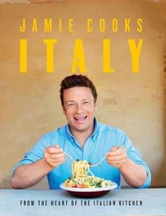 Jamie Cooks Italy (Hardback)