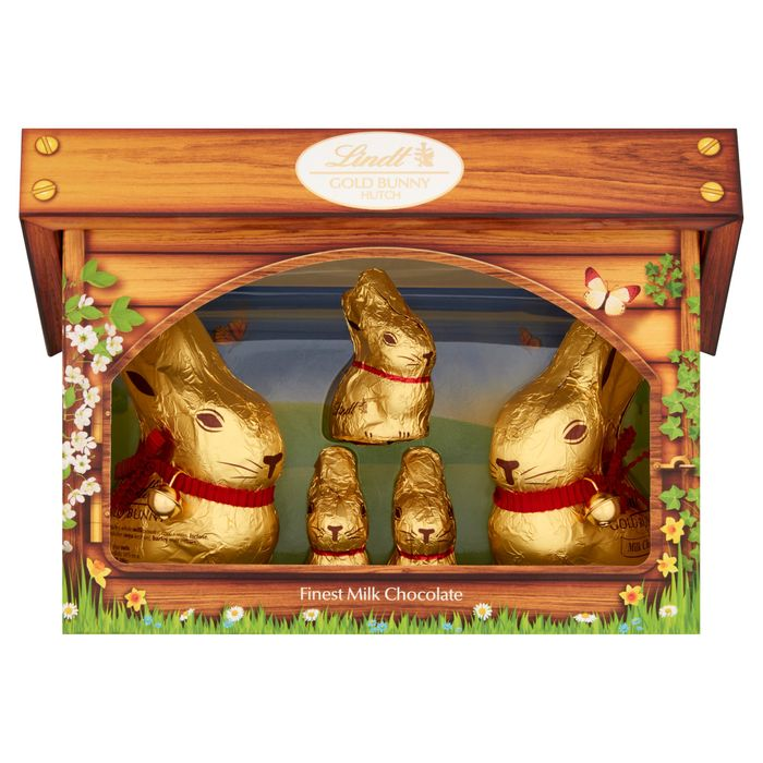 Lindt Gold Bunny and Family Hutch 130G Chick Version Also Available