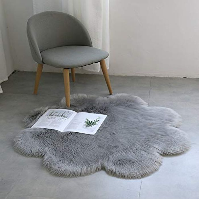 Faux Fur Sheepskin Style Rug