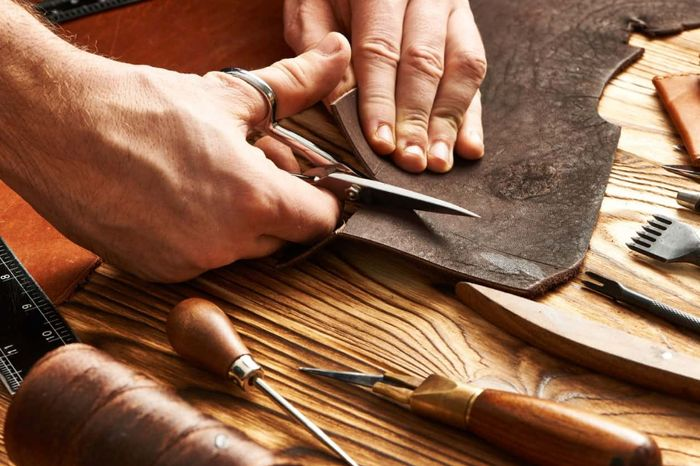 Free Luxury Leather Samples for Your Arts & Crafts Project