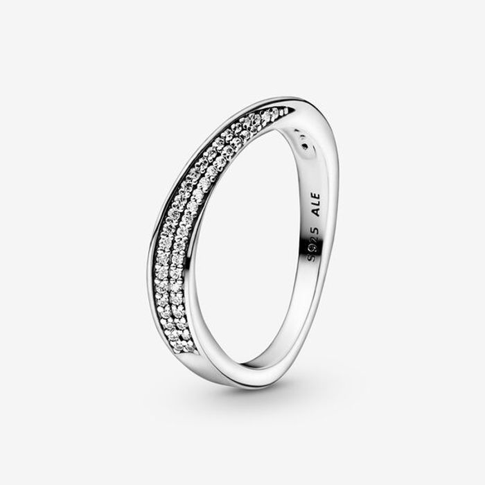 Save £30 on Pandora Pav Wave Ring