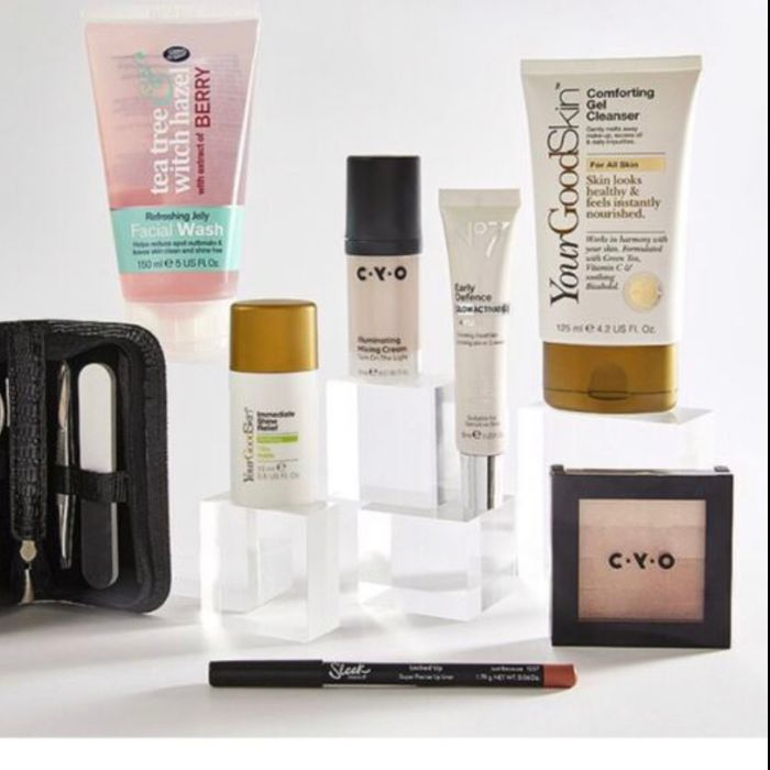 Free Beauty Gift Box When You Spend £40 on Selected Cosmetics