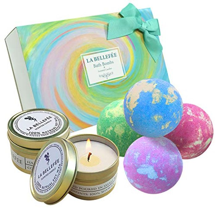 4 Bath Bomb + 2 Scented Candle Tin Gift Set Only £9.99
