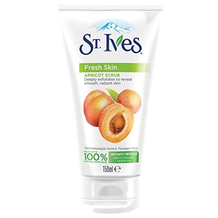 St. Ives Fresh Skin Invigorating Apricot Scrub 150ml