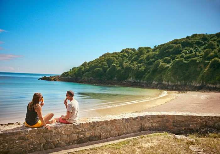 The Islands of Guernsey - Get Your Free Brochure by Post