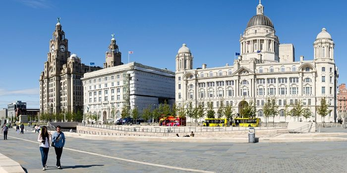 LIVERPOOL £65 Liverpool Stay Inc Breakfast & Bubbly, 63% Off