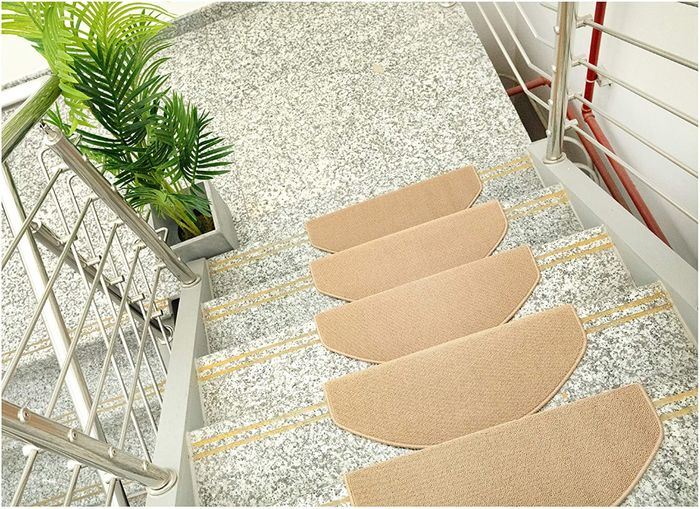 15 Pack of Amazon Basics Stair Tread Mats, 23.5 X 65 Cm