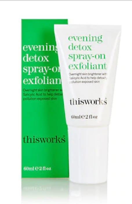 This Works - Evening Detox Spray on Exfoliator