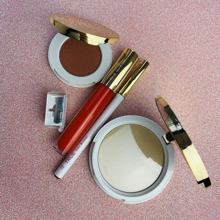 True Cosmetics 4 Piece Makeup up Set worth £49.99