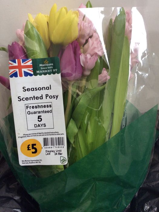 Morrisons Giving Free bunch of flowers