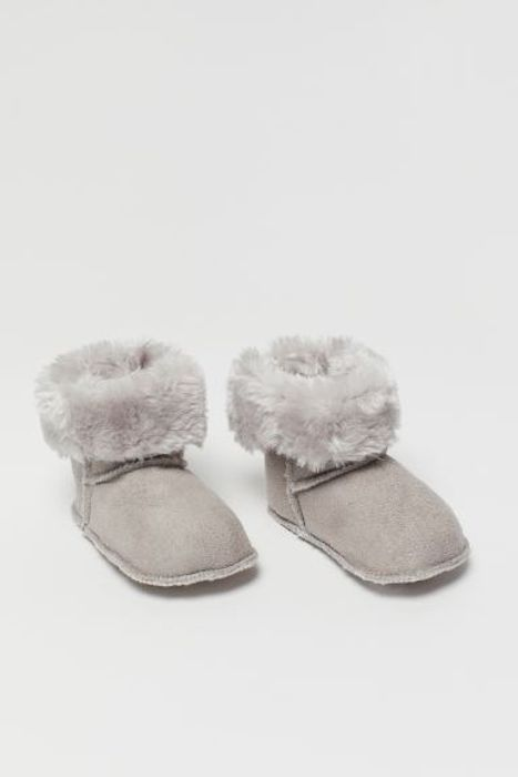 Cheap Baby Soft Slippers at H&M