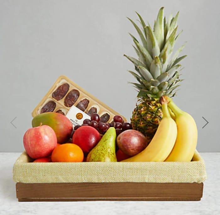 Best Price! M&S Large Fresh Fruit & Date Selection Basket £35 Delivered