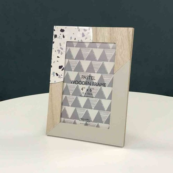 Pastel Wooden Frame 4x6 Inch - Only £1!