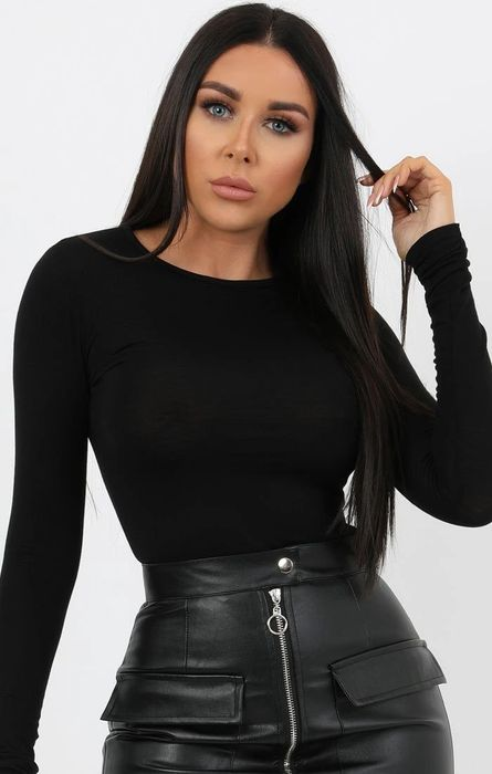 Black round Neck Long Sleeve Fitted Tee, Half Price!