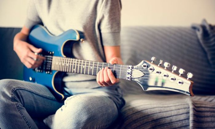 Special Offer - £19 for an Online Electric Guitar Fast-Track Course