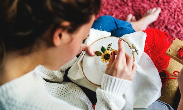 £14 for an Online Creative Stitching Course
