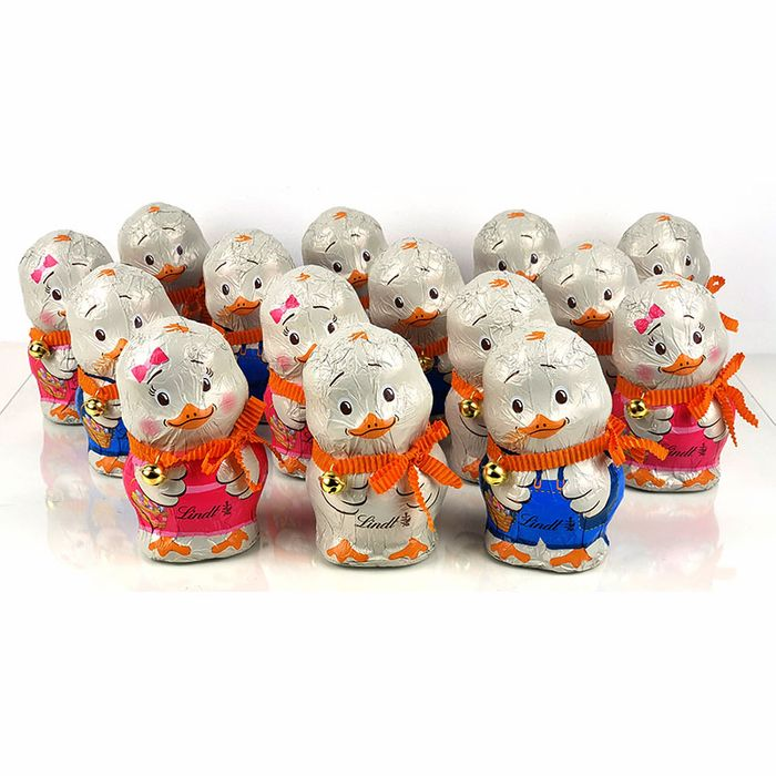 15 Rare Lindt Milk Chocolate Easter Chicks - Free Delivery