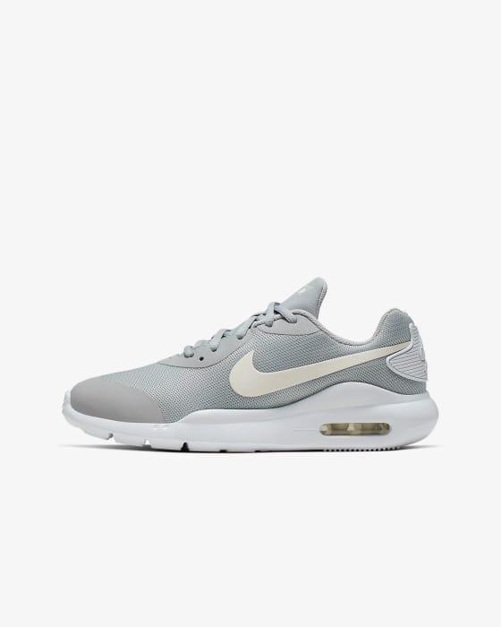 Older Kids' Shoe Nike Air Max Oketo