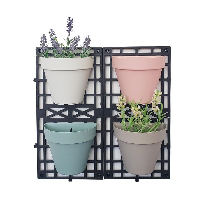 Set of 4 Wall Pots for £8