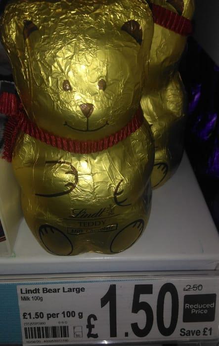 Lindt Milk Chocolate Bear 100g