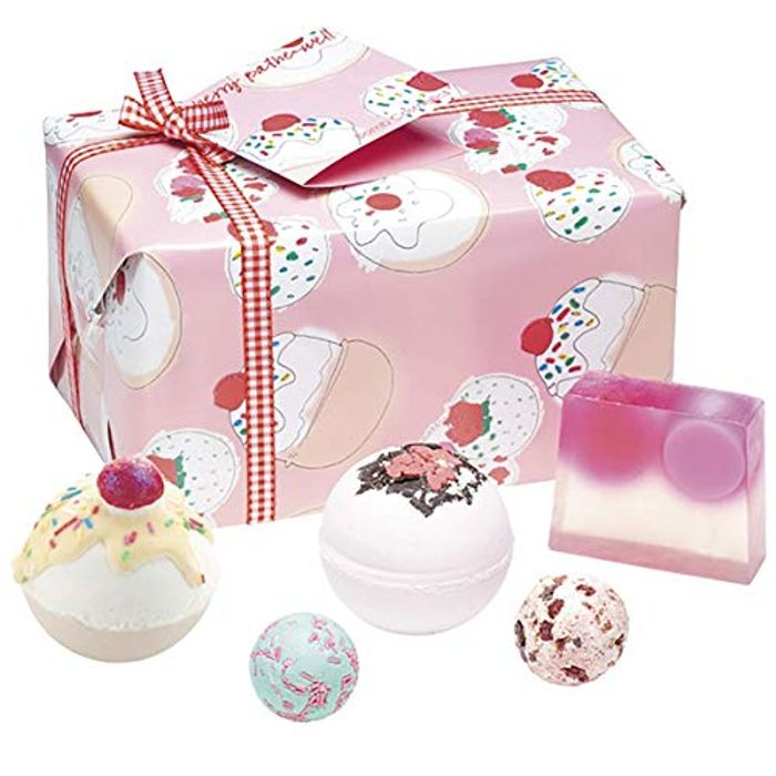 Bomb Cosmetics Cherry Bathe-Well Handmade Wrapped Bath Contains 5-Pieces