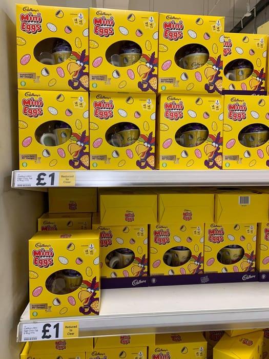 Cadbury Mini Eggs Chocolate Egg & Mug