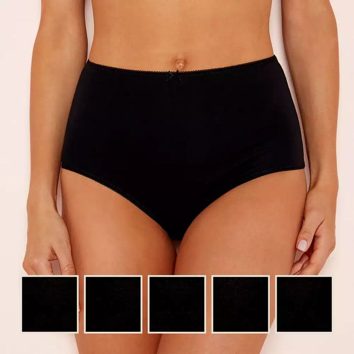 Women S 5 Pack Black 95 Cotton Full Knickers Save 2 10 4 90 At Debenhams Latestdeals Co Uk