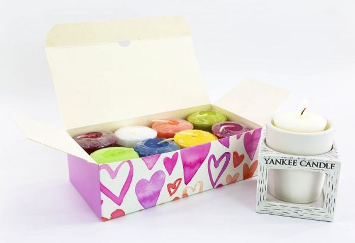 Classic Votives in Hearts Gift Box + Free Holder