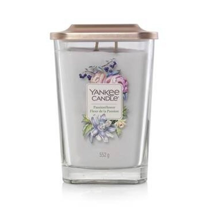 Save 25% on This Month's Fragrances of the Month