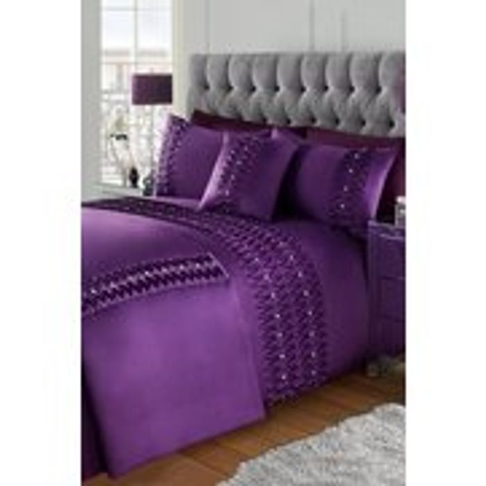 Cheap Pinktuck with Diamante Double Duvet Set - Only £18.99!