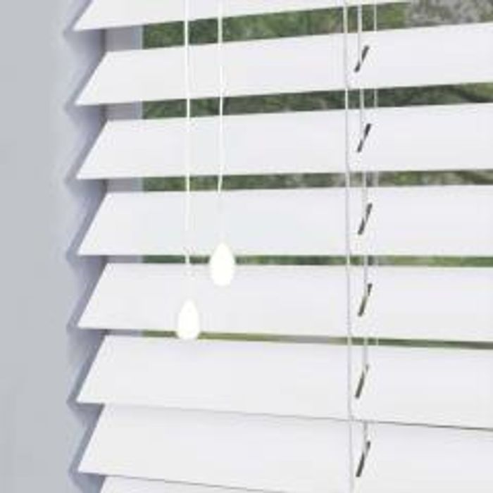 £10 off Orders over £100 at Swift Direct Blinds
