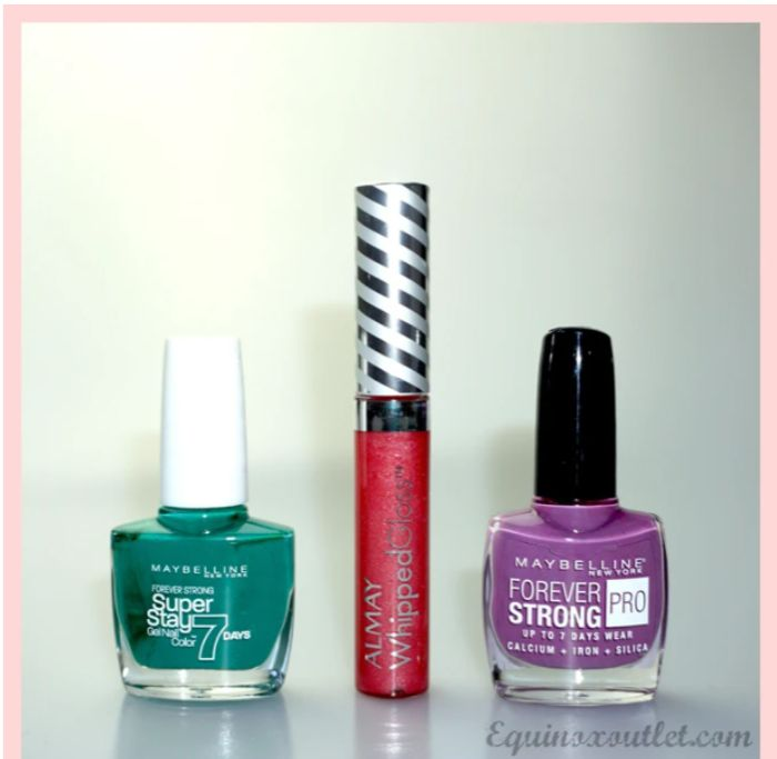 FREE 3 Piece Maybelline Nail Varnish Set