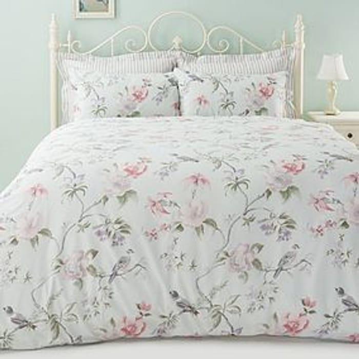 Meghan Green Reversible Duvet Cover and Pillowcase Set