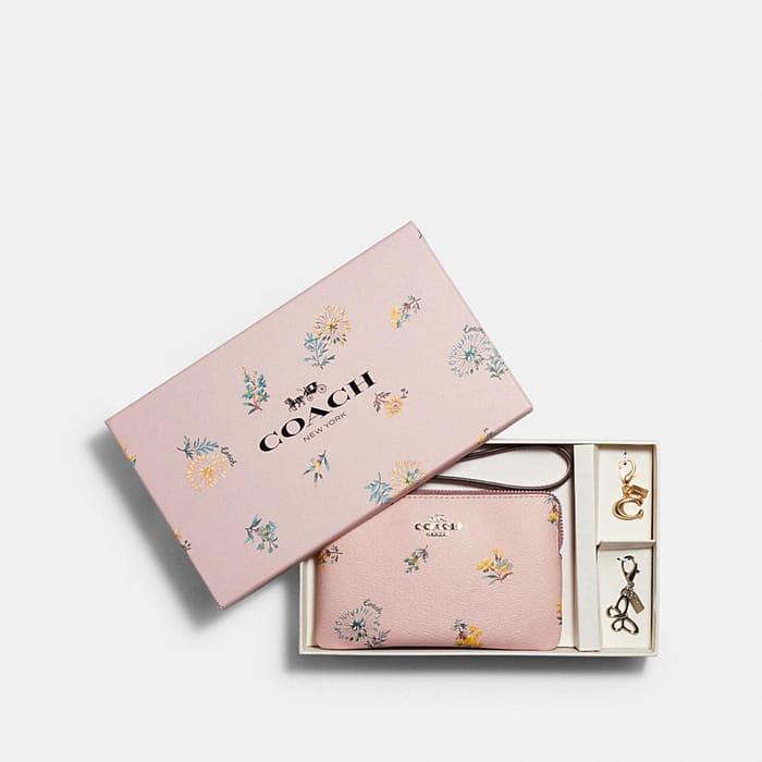 Boxed Corner Zip Wristlet in Dandelion Floral Print Canvas