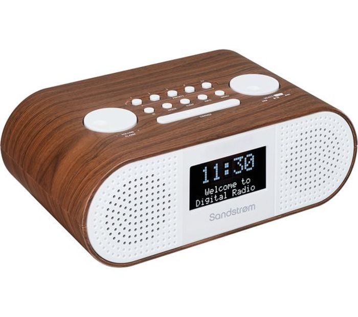 *SAVE £5* SANDSTROM DAB+/FM Bluetooth Clock Radio - Wood