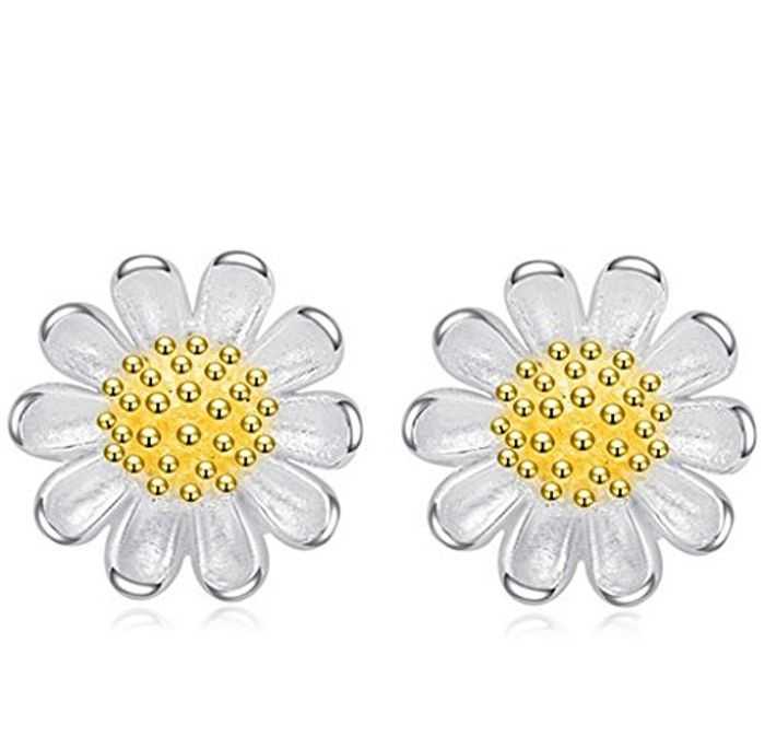 925 Sterling Daisy Earings Free Delivery