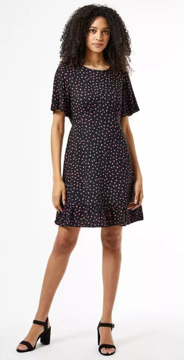 800+ Dresses Under £20 Delivered Inc Wallis, Quiz & Red Herring
